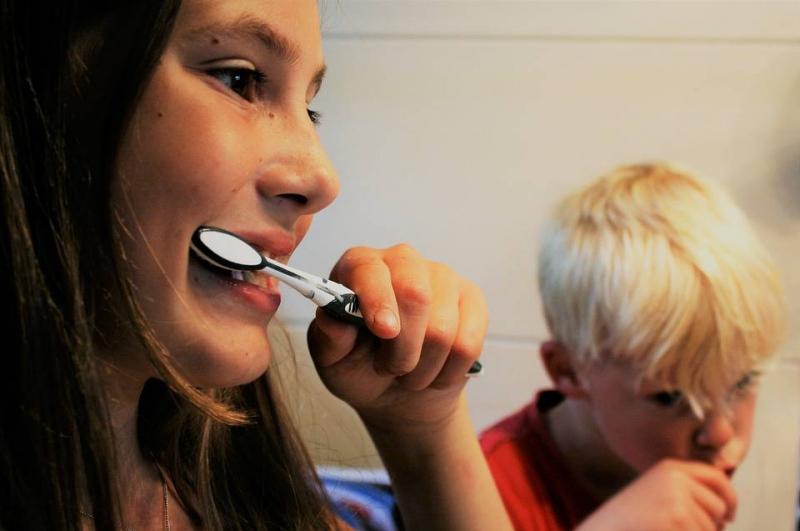 洗牙会感染传染病吗洗牙的危害有哪些