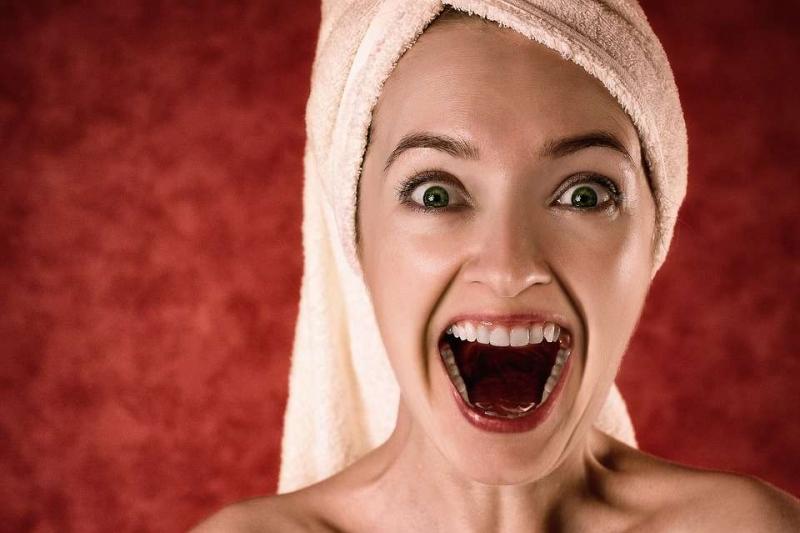 纯钛牙套怎么样牙套需要带多久
